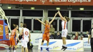 Basket, Gesam Lucca-Saces Napoli 70-57