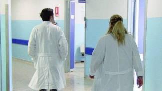 Medici di famiglia e farmacie subissati di richieste per il vaccino
