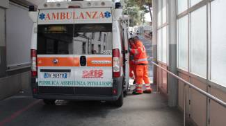 Incidente all'ospedale, ma l'ambulanza arriva da 4 chilometri di distanza