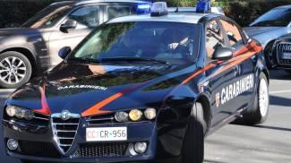 Viadana, coppia trovata morta in un'auto: probabile suicidio